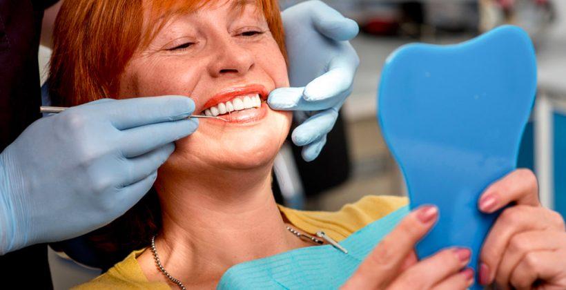 Impianti dentali in titanio con Corona in Ceramica